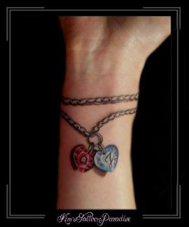 armband met bedels en namen