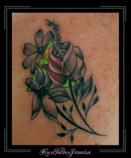 bloemen,driehoek,kleur zwart schaduw,borst,