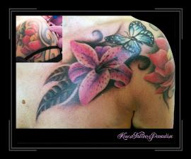 coverup van tribel naar lelie met vlinder