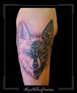 hond wolf mandala bovenarm