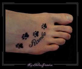 hondenpootjes voet namen letters