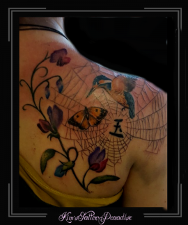 ijsvogel vlinder spinneweb bloemen schouder onkruid