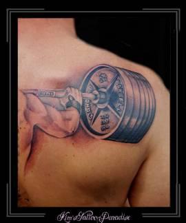 krachttraining arm armband gewichten schouder