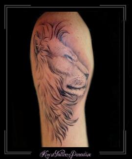 leeuw tekening bovenarm