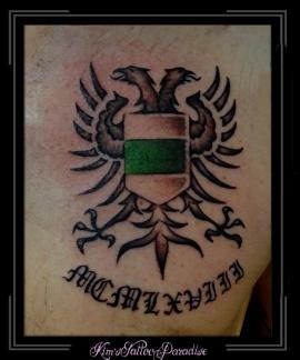 logo embleem vlag groningen tekst namen letters borst