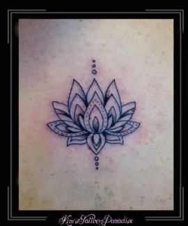lotus bloem rug