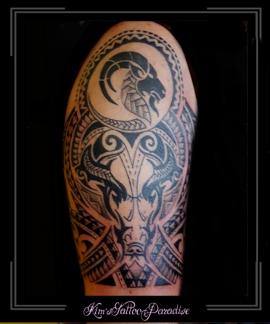 maori polinesisch stier mouw