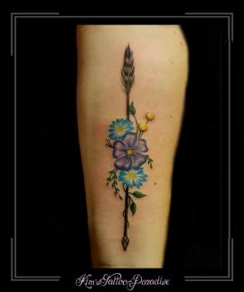 pijl bloemen onderarm