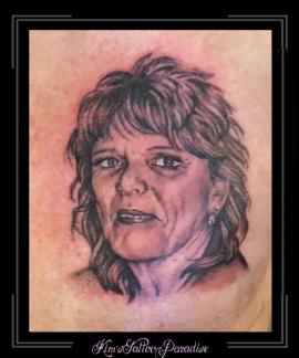 portret vrouw moeder borst2