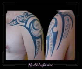 tribal schouder bovenarm
