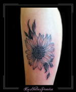 bloemen zonnebloem bovenarm