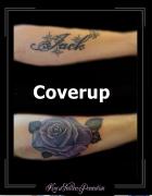 coverup onderarm van naam naar bloemen