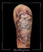 karper lotus bovenarm wolken