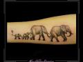 olifant family familie love liefde ouder kind gedenkteken onderarm