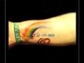 ringen,datum,cijfers,regenboog,onderarm,gedenktattoo,