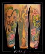 sleeve,portret,hond,bloemen,kaars,gelukspoppetje,klavertje 4, onderarm,