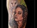 uil-vrouw-portret-bovenarm-kerkuil