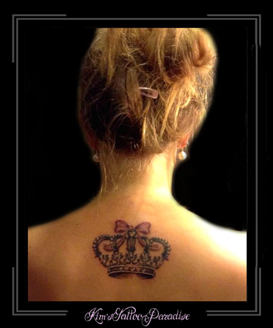 tatoeage kroon met diamant