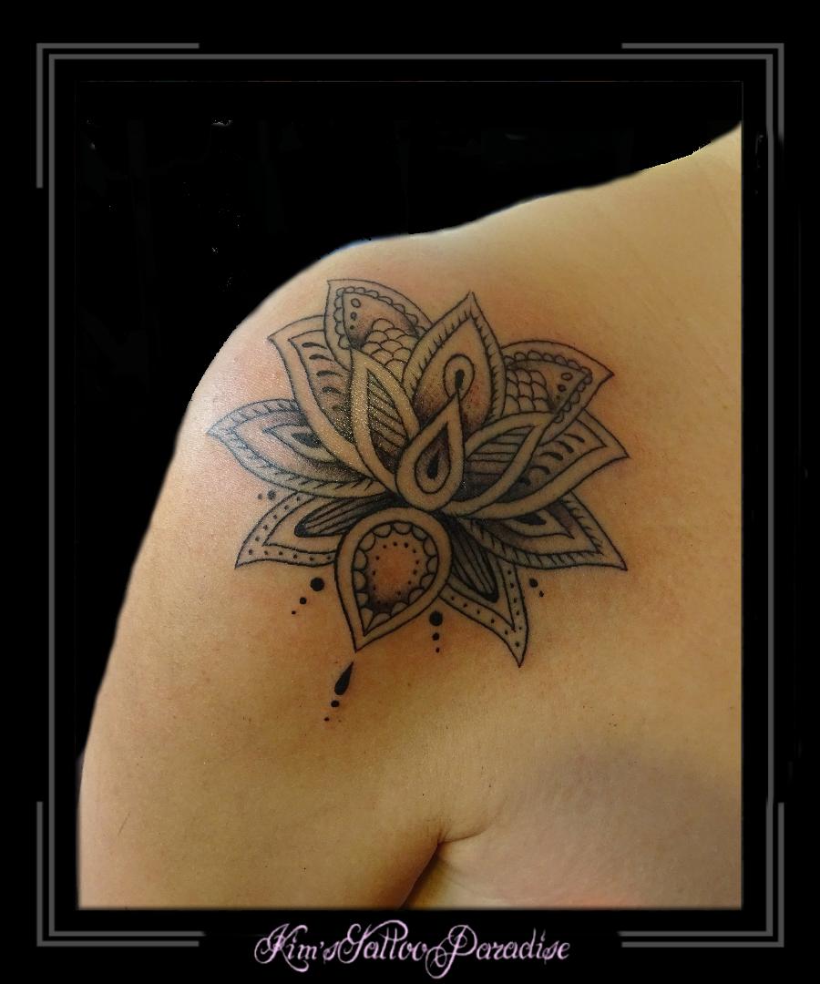 Lotus Bloem Kims Tattoo Paradise