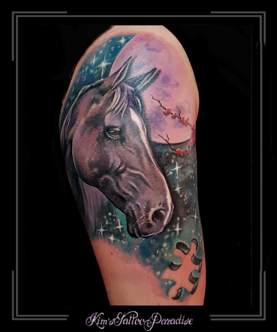 Shadow Paard Maan Nacht Puzzel Bovenarm Kims Tattoo Paradise