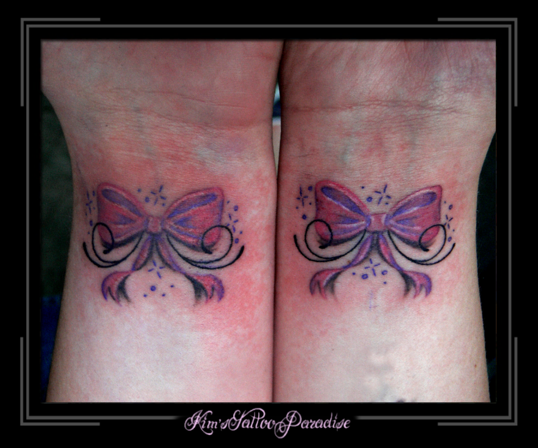 Tattoo color , kleur , strikjes