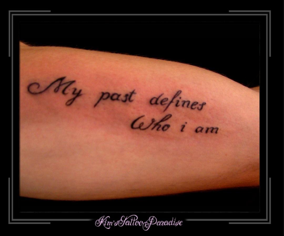 Tekst Onderarm Kims Tattoo Paradise