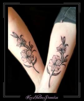 bloemenvriendschapsbloemzussenfamilyfamilieloveliefdeonderarm