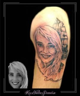 portretvrouwcoc-schipbootbovenarm