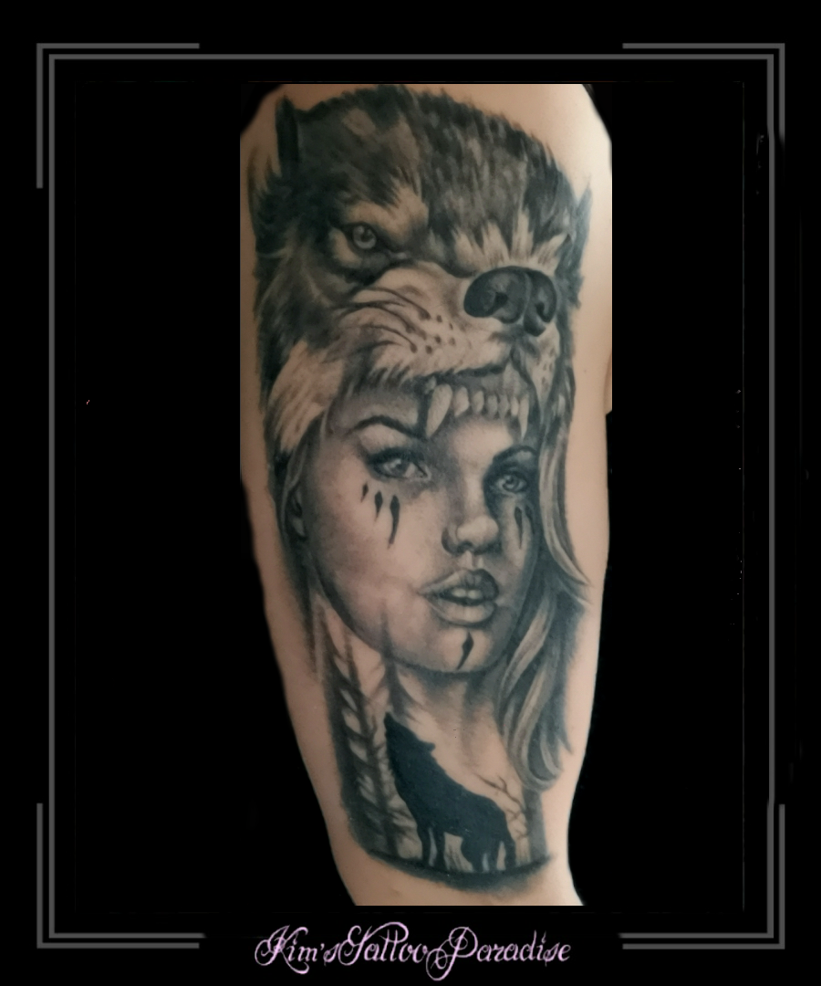 Gezicht Kims Tattoo Paradise